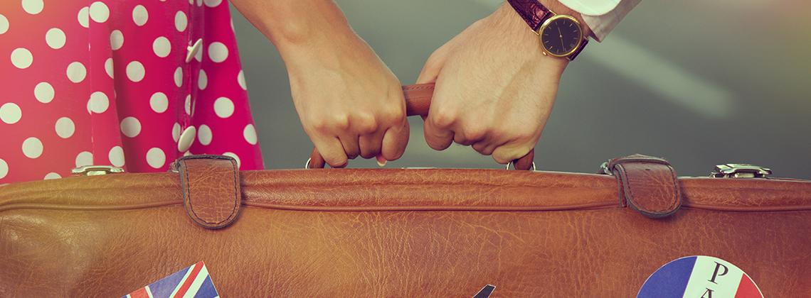 kadın valizi