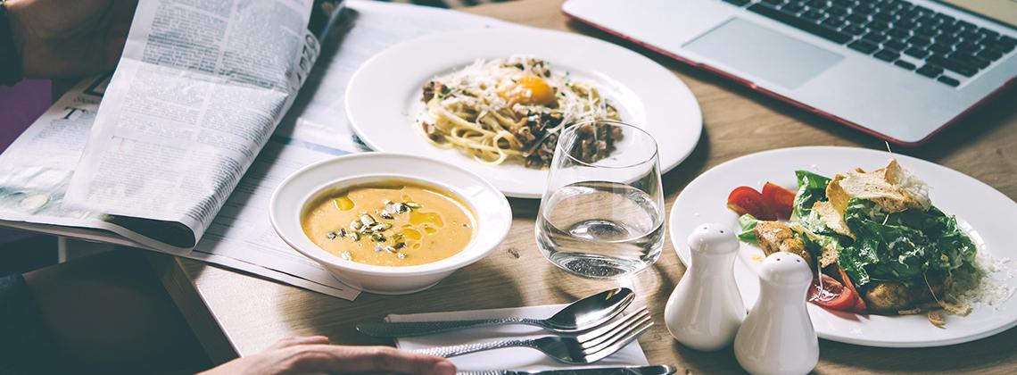 yurt dışında yemek keşfetmek
