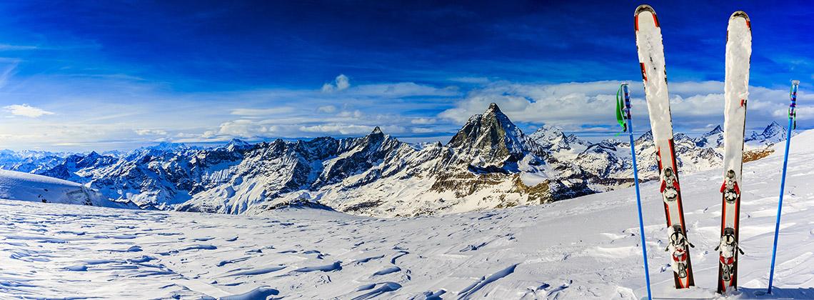 Kış Sporlarına Başlayacaklar için: Doğru Kayak Malzemesi Seçimi