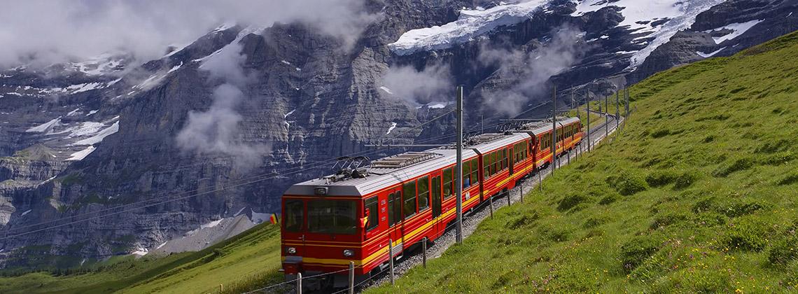 Avrupa'nın Doruklarında Bir Tren Yolu: Glacier Express