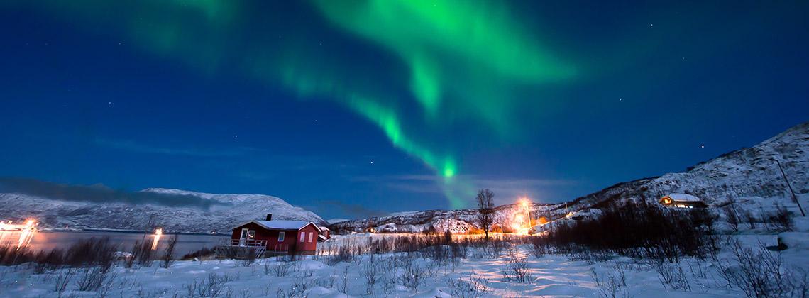 Kuzey Işıkları, İsveç, Norveç, Finlandiya, İzlanda (Eylül - Nisan arası)