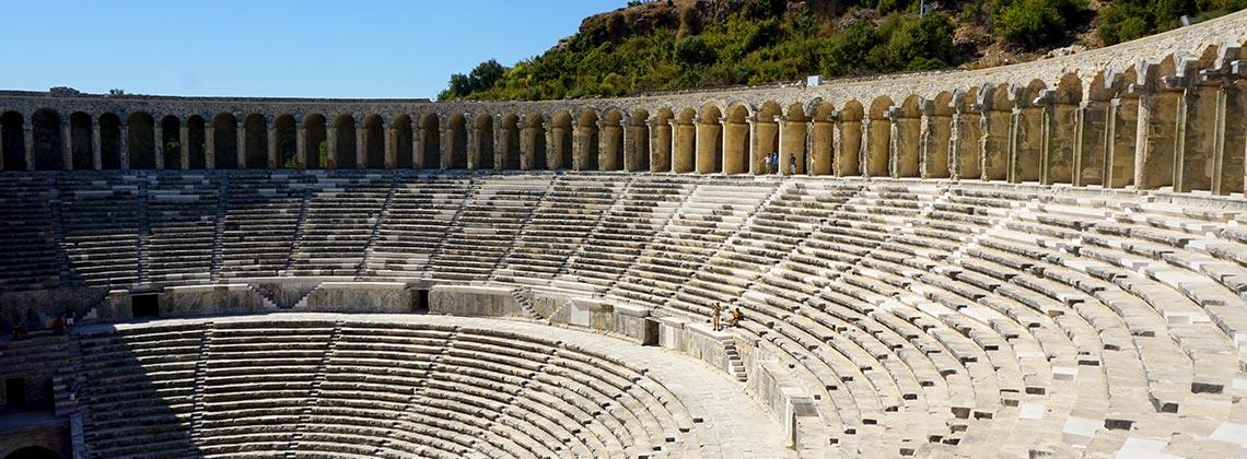Kusursuz Akustiğe Sahip Tiyatrosuyla Ünlü: Aspendos