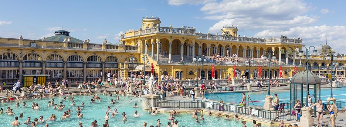 Budapeşte'nin İkonu Termal Havuzlar