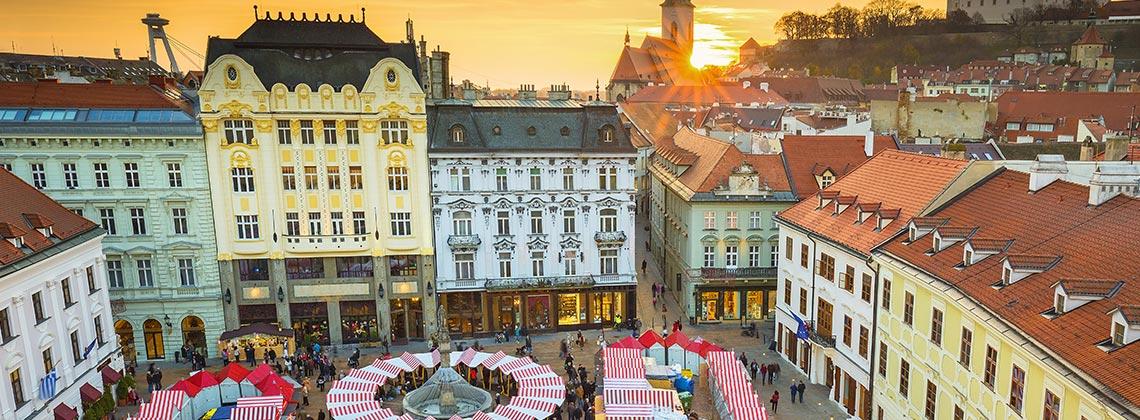 Slovakya Bratislava'da Orta Çağ Esintileri İle Yılbaşı
